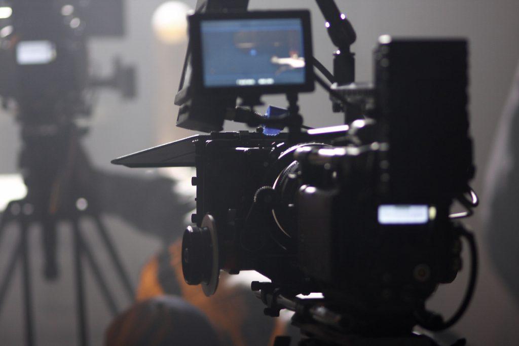 合肥宣传片拍摄面试的最佳拍摄角度插图